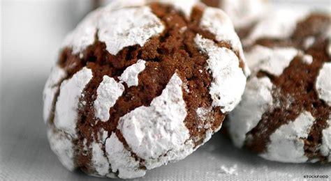 biscotti fatti in casa al cioccolato ricetta biscotti al cioccolato dolcetti sfiziosi per