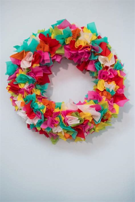how to make a spring wreath for front door how to make a spring wreath favecrafts com