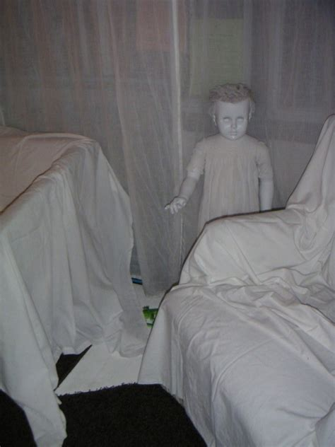Diy Haunted House by 10 Terrifying Diy Props For Your Haunted House