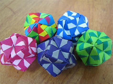How To Make Origami Balls - stephen s origami sonobe balls and tomoko fuse