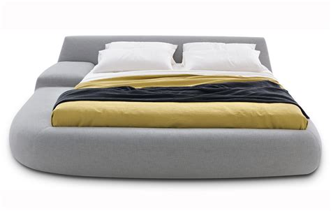 big bed by paola navone decoholic