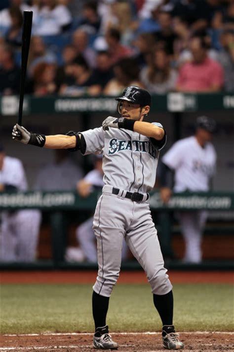 Ichiro Suzuki Pitching Ichiro Suzuki Pictures Seattle Mariners V Ta Bay Rays