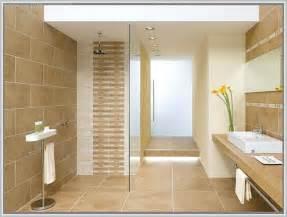 badezimmer braunfliesen badezimmer fliesen braun beige gispatcher