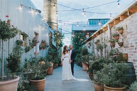 The Grounds of Alexandria Wedding Photographer   Alison