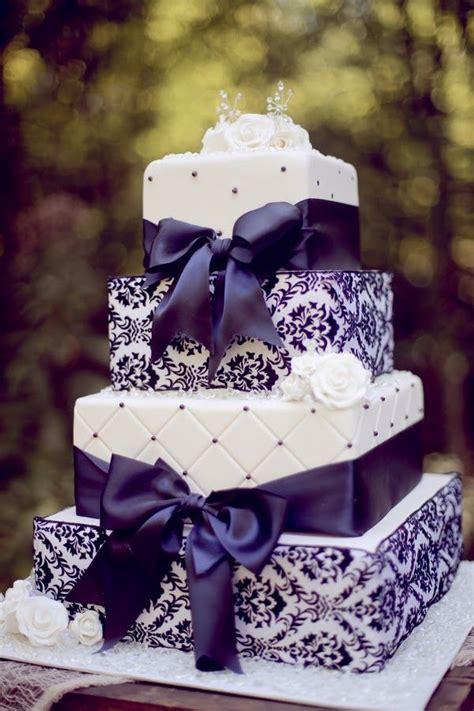 Hochzeitstorte Lila by 24 Tartas De Boda Originales Decoradas Con Fondant