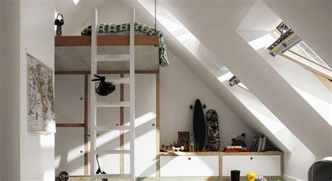 dachausbau ideen bilder dachausbau ideen f 252 r kinderzimmer velux dachfenster