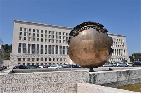 ministero affari esteri consolati ecco come cambia il lavoro di ambasciatore