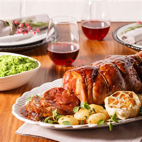 cuisine gigot d agneau gigot d agneau r 244 ti et laqu 233 au miel et au thym recettes