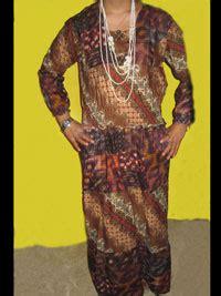 Batik Wanita Laguna Batik gaun batik wanita yang bergaya muslim dan motif susunan dominant kecoklatan