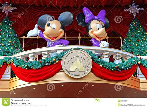 mickeyunlimited electric christmas decorations mickey and minnie mouse decoration editorial photo image 35450796