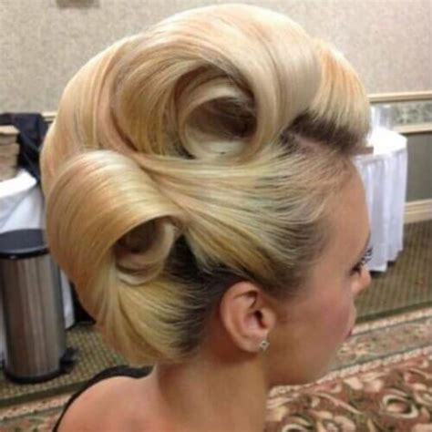 Pin Up Hairstyles Wedding by 50 Pin Up Hairstyles For Retro Glam Hair Motive Hair Motive