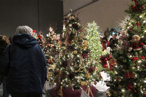 holiday tree festival lights up john s knight center