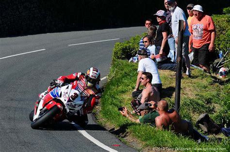 Isle Of Tt Circuit E Cafe Racer 59 Ton Up Ahrma isle of tt 2013 award for balls goes to these