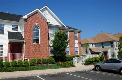 3 bedroom apartments in south jersey edison nj apartments for rent rivendell heights edison