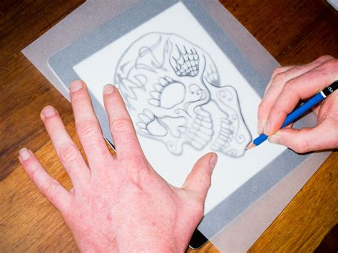 tattoo stencil paper how to art appz simply lay your tracing paper over the screen