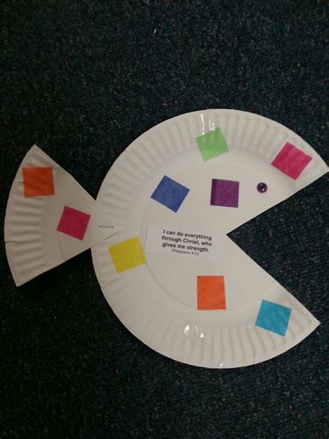 Crafts Out Of Paper Plates - the whale paper plate fish and whales on
