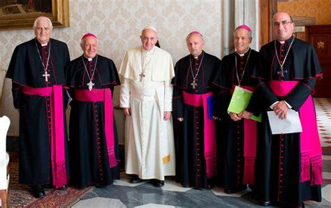 imagenes de obispos obispos chilenos quot desterremos la idolatria al dinero y la