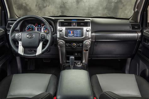 Toyota Forerunner Interior 2017 Toyota 4runner Reviews And Rating Motor Trend