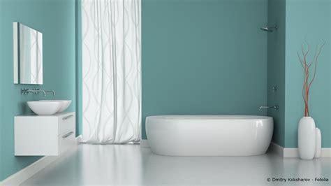 Bad Farbe by Feuchtigkeitsschutz Im Bad Streichen Oder Tapezieren
