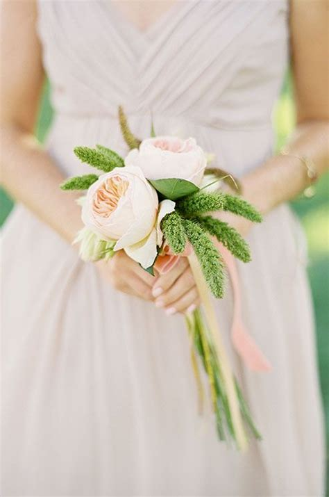 Simple Wedding Bouquets by 25 Best Ideas About Single Flower Bouquet On