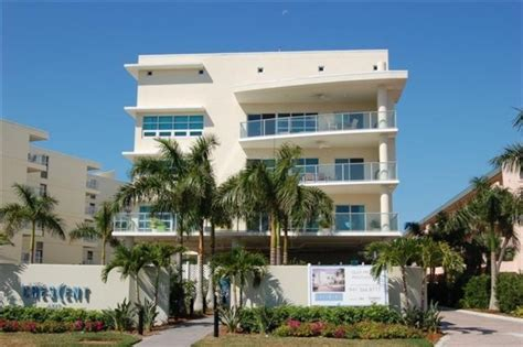 Street View Of The Crescent House Rentals Siesta Key Florida