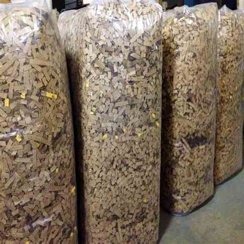 bedding for chickens cardboard bedding for your chicken coop homesteading and livestock mother earth news