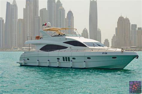 boat cruise in dubai dubai yacht cruise
