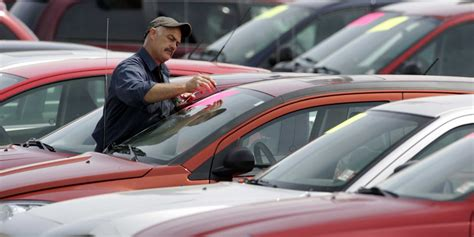 auto loans surging  banks boost  car financing