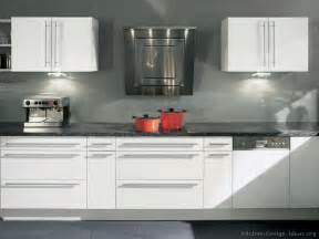 Modern Kitchens With White Cabinets Pictures Of Kitchens Modern White Kitchen Cabinets Kitchen 15