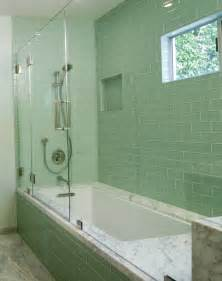 20 Amazing Pictures Of Bathroom Makeovers With Glass Tile