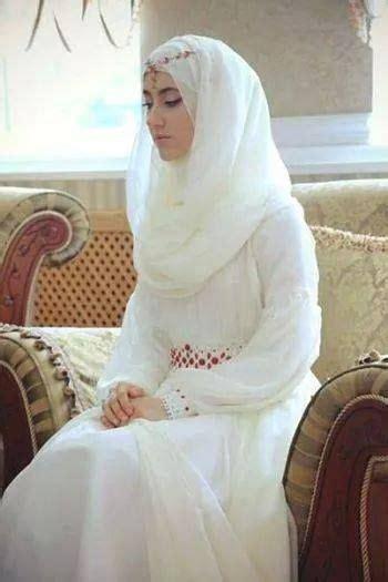 Baju Muslim Wanita Luxury Dress 9 model menutup dada pilihan untuk pesta