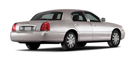 lincoln town car history 2007 lincoln town car pictures history value research