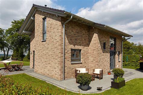 häuser mit pultdach ma 223 geschneidertes einfamilienhaus auerberg ein
