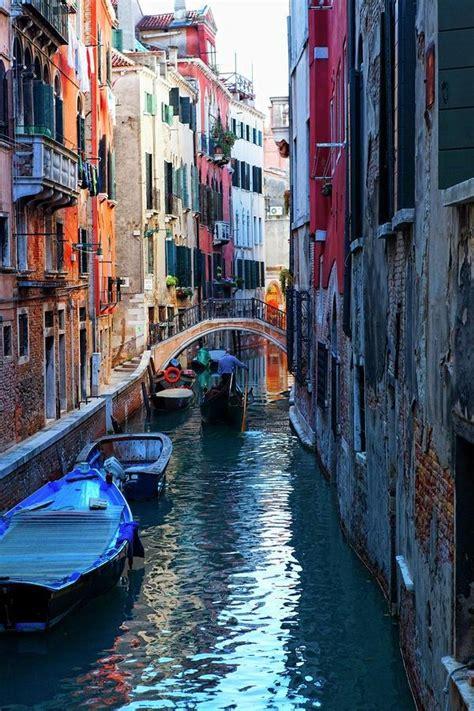 s day venice canal venice honeymoon narrow canal view venice italy