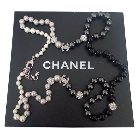 To Chanel Or Not To Chanel by Sautoirs Chanel Sautoir Chanel Perles Et Strass Swarovski