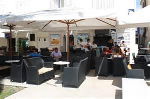 möbel für restaurant chestha dekor terrasse bar