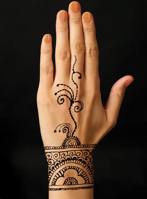 beautiful henna tattoo temporary tattoos that last a time