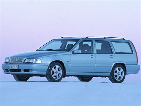 volvo  glt dr station wagon pictures