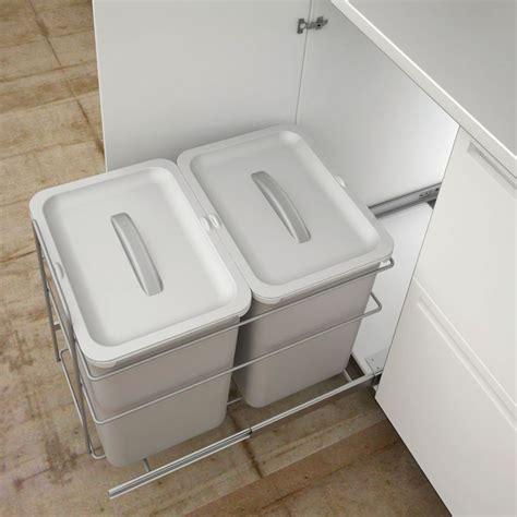 kitchen bin ideas 25 best ideas about integrated kitchen bins on pinterest
