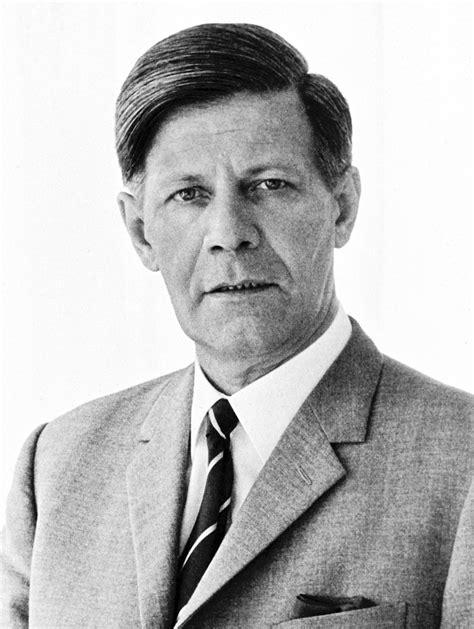 Tabellarischer Lebenslauf Helmut Schmidt Foto Helmut Schmidt