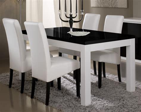 Délicieux Salle A Manger Moderne Conforama #5: table_de_salle_manger_design_laqu_e_noire_et_balnche_loana_2.jpg