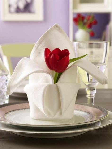 Servietten Falten Technik by Servietten Falten Und Eine Kreative Tischdeko Zu Ostern