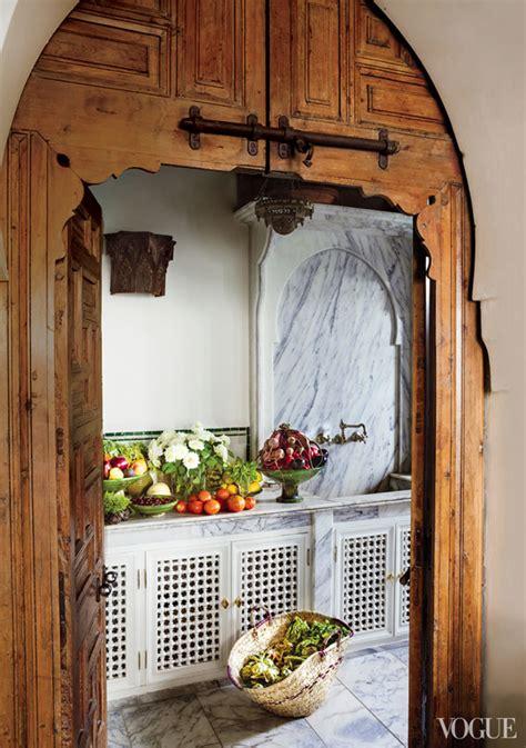 Kitchen Door Arch Design In Bruno Frisoni S Shoes Idyllic And Villa In