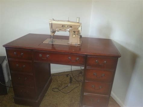 antique singer sewing machine in cabinet antique singer sewing machine in wood cabinet baltimore