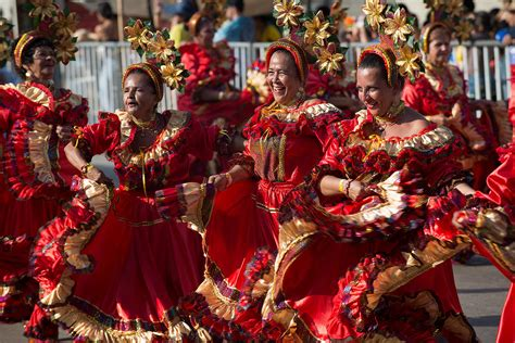 holidays and celebrations colombia holidays and festivals
