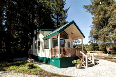 rent a tiny house for vacation tiny house rentals in tillamook bay oregon