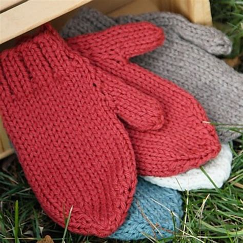 mitten pattern bulky yarn free pattern the perfectly cozy and warm gloves you ll