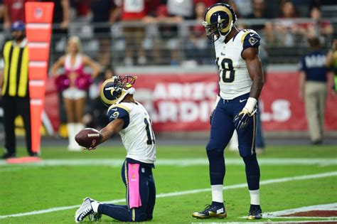 st louis rams division rams stay undefeated in nfc west with win arizona