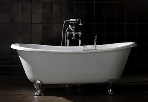 Stand Alone Jetted Bathtubs Free Standing Bathtubs Pros And Cons Bob Vila