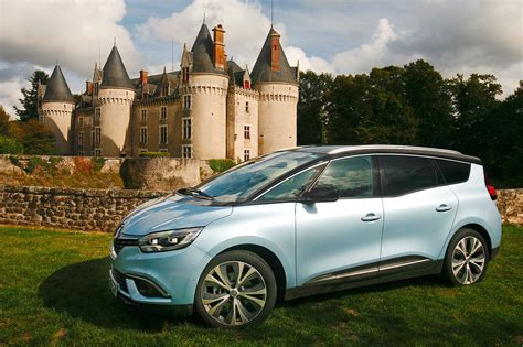 renault grand scenic renault grand scenic mpv long term test 2018 review